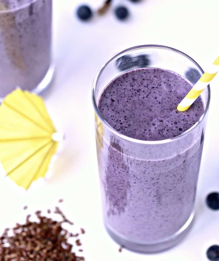 Blueberry Banana Flaxseed Smoothie