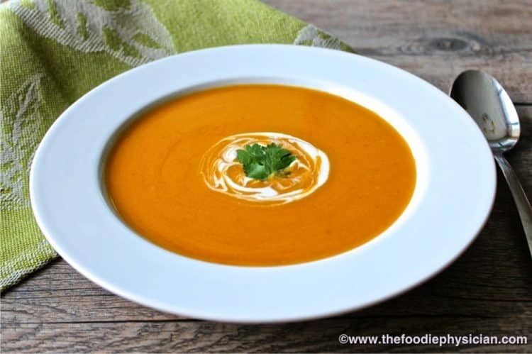 Chipotle Sweet Potato Soup | @foodiephysician