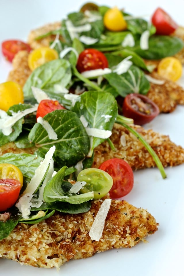Crispy Chicken with Super Spinach Salad | @foodiephysician
