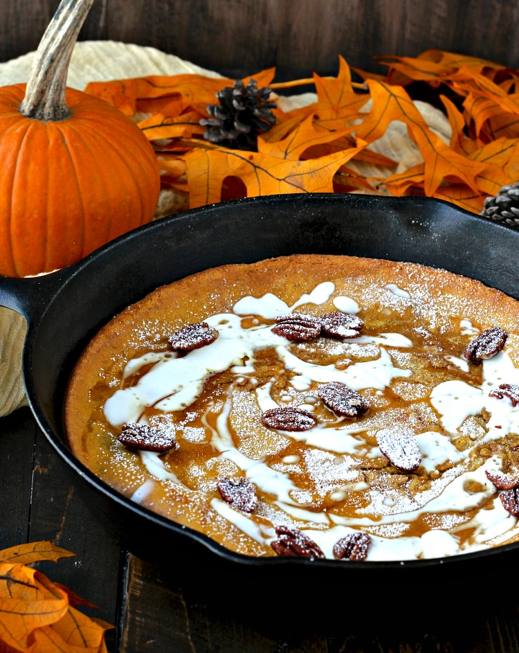 Pumpkin Spice Dutch Baby | @foodiephysician