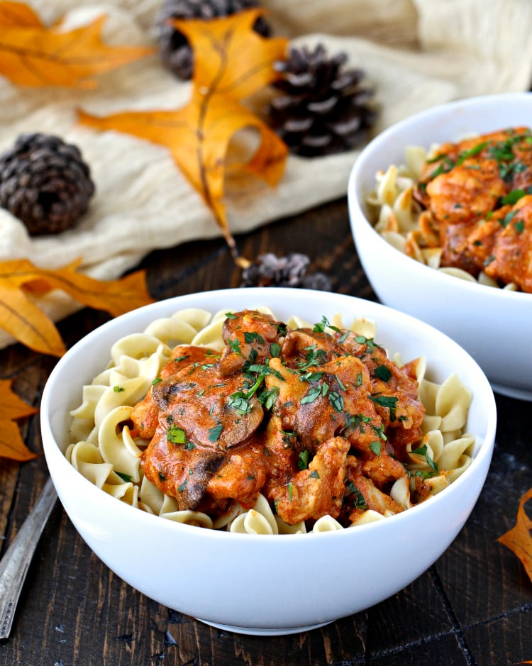 Chicken with Creamy Paprika Sauce | @foodiephysician
